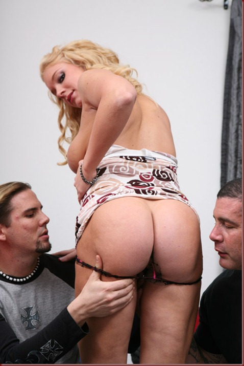 blonde milf double-fucked